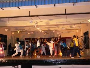 21 Colours Nite 2013 UoJ - Dancing Act