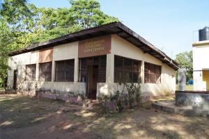 கன்னியா வெந்நீா் ஊற்றில் இருக்கும் சிவன் கோயில்